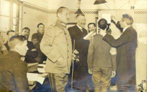 Grammophonische Aufnahmen in einem Kriegsgefangenenlager durch Wilhelm Doegen und Alois Brandl